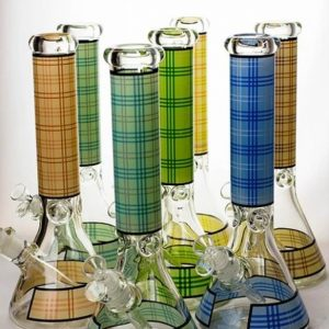 14 MGM glass 7 mm check pattern glass bong
